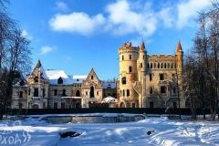 Замок Храповицкого зимой